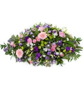 Coffin spray roses